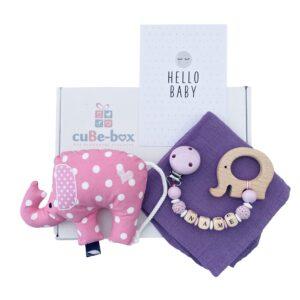 baby geschenk maedchen elefantenrassel lila punkte